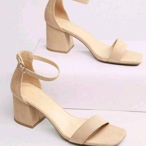 Square Toe Chunky Heel Sandals